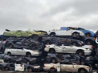 Junkyard-Junk Car Removal Milton